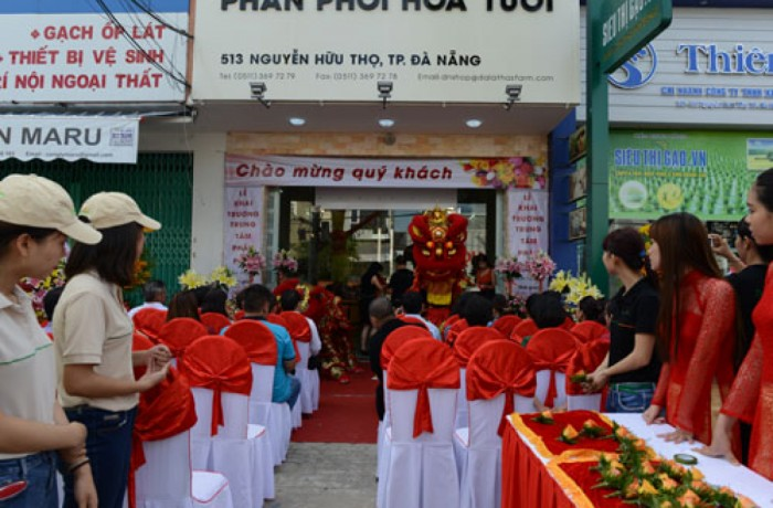 Dalat Hasfarm opened Distribution Center in Danang