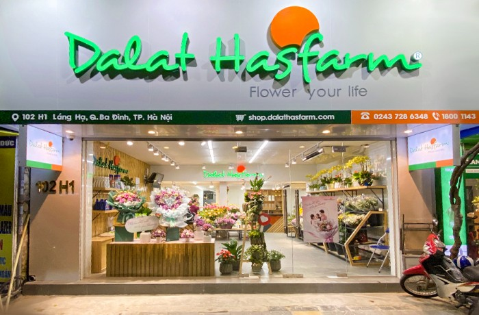 Dalat Hasfarm open new shop in Hanoi